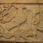 Bas-relief représentant un aigle capturant un lapin, Istanbul, xe siècle - British Museum Londres - Photo d'Urban - 2006