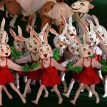 Propagande avec des lapin à Pyongyang en 2005 (Corée du Nord) - source Lapin Noir
