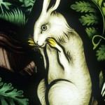 Détail - Lapin, détail de la tentation d'Ève (vitraux) par Pugin - Augustus Welby (1812-1852) - Ely Stained Glass Museum, Cathédrale d'Ely, Cambridgeshire, Royaume-Uni - Photo © Neil Holmes