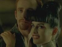 Choi et sa petite amie au tatouage lapin blanc - capture d'écran Matrix
