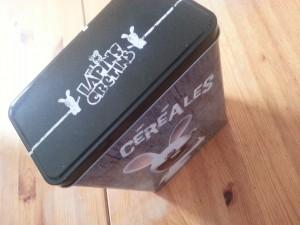 Boite pour céréales Lapins Crétins Ubisoft - ©www.le-monde-des-lapins.fr